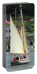 Sailing In The Usa Portable Battery Charger