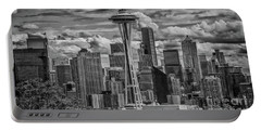 Seattle's Urban Landscape - Black And White Portable Battery Charger