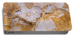 Shattered Heart - Love Yellowstone 5 Portable Battery Charger