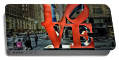 Sights In New York City - Love Statue Portable Battery Charger