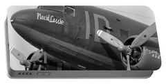 Skytrain In Black And White - 2017 Christopher Buff, Www.aviationbuff.,com Portable Battery Charger