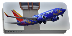 Southwest 737-7l9 N7816b Coco Phoenix Sky Harbor November 30 2017 Portable Battery Charger