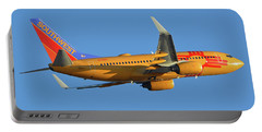 Southwest Boeing 737-7h4 N781wn New Mexico One Phoenix Sky Harbor November 11 2017 Portable Battery Charger