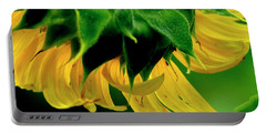 Portable Battery Charger featuring the photograph Sunflower 2017 6 by Buddy Scott