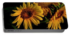 Portable Battery Charger featuring the photograph Sunflower 2017 7 by Buddy Scott