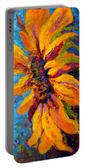 Sunflower Solo II Portable Battery Charger