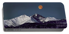 Supermoon Lunar Eclipse Over Longs Peak Portable Battery Charger