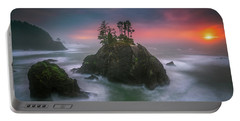 Portable Battery Charger featuring the photograph The Oregon Coast Sunset by William Lee