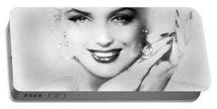 Theo's Marilyn 133 Bw Portable Battery Charger