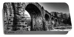 Thomas Viaduct In Black And White Portable Battery Charger