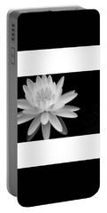 Black And White -timeless Lily Portable Battery Charger