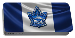 Toronto Maple Leafs - 3d Badge Over Flag Portable Battery Charger