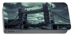 Tower Bridge Bw Portable Battery Charger