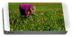 Tulips Picker Portable Battery Charger