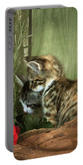 Two Cute Kittens Portable Battery Charger