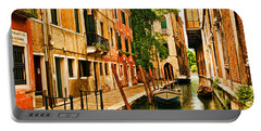 Venice Alley Portable Battery Charger