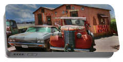 Portable Battery Charger featuring the photograph Vista Motel by Lori Deiter