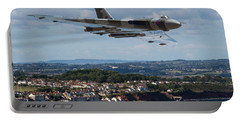 Vulcan Bomber Xh558 Dawlish 2015 Portable Battery Charger