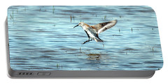 Willet Landing On Lake Portable Battery Charger