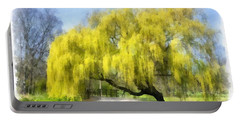 Weeping Willow Aquarell Portable Battery Charger