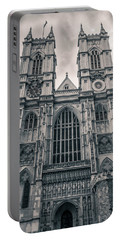 Westminister Abbey Bw Portable Battery Charger
