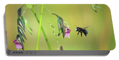 White-faced Bee Portable Battery Charger