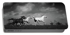 Wild Horses - Black And White Portable Battery Charger