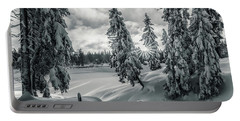 Winter Wonderland Harz In Monochrome Portable Battery Charger