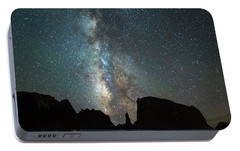 Portable Battery Charger featuring the photograph Wonders Of The Night by Darren White