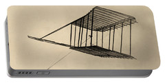 Wright Bothers Glider In Flight 1900 Portable Battery Charger