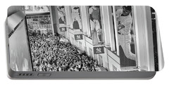 Yankee Stadium Great Hall 2009 World Series Black And White Portable Battery Charger