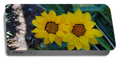 Gazania Rigens - Treasure Flower Portable Battery Charger