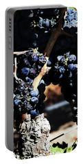 122918 Wine On The Vine Portable Battery Charger