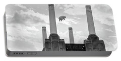 Pink Floyd Pig At Battersea Power Station Portable Battery Charger