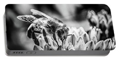 Bee Bee Portable Battery Charger