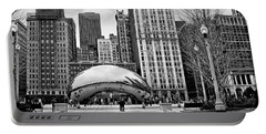 Chicago Skyline In Black And White Portable Battery Charger