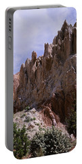 Cottonwood Spires 2-v Portable Battery Charger