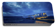 Dc-3 Plane Wreck Illuminated Night Iceland Portable Battery Charger