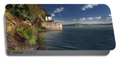 Dylan Thomas Boathouse 6 Portable Battery Charger