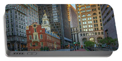 Early Morning At The Old Statehouse Portable Battery Charger
