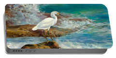 Egret - Breakfast On The Rocks Portable Battery Charger
