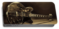 Gibson Guitar Images On Stage 1744.015 Portable Battery Charger