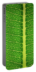 Leafy Detail Portable Battery Charger