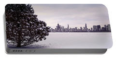 Lovely Winter Chicago Portable Battery Charger