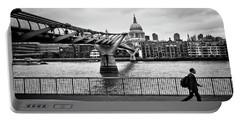 millennium Bridge 02 Portable Battery Charger