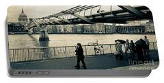 Millennium Bridge 03 Portable Battery Charger