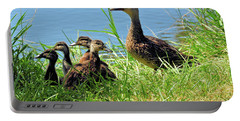 Mom And Baby Ducklings Portable Battery Charger