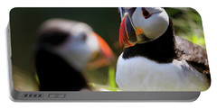 Puffin Focus - Staffa - Scotland Portable Battery Charger