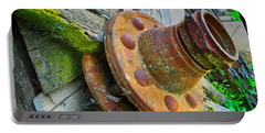 Rusted Hub Portable Battery Charger