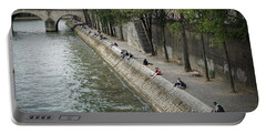 Seine Portable Battery Charger